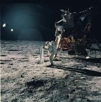 Buss armstrong på månen!